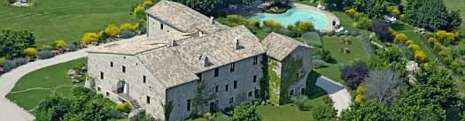 fotografia del Castello di Petrata: location in umbria per matrimoni
