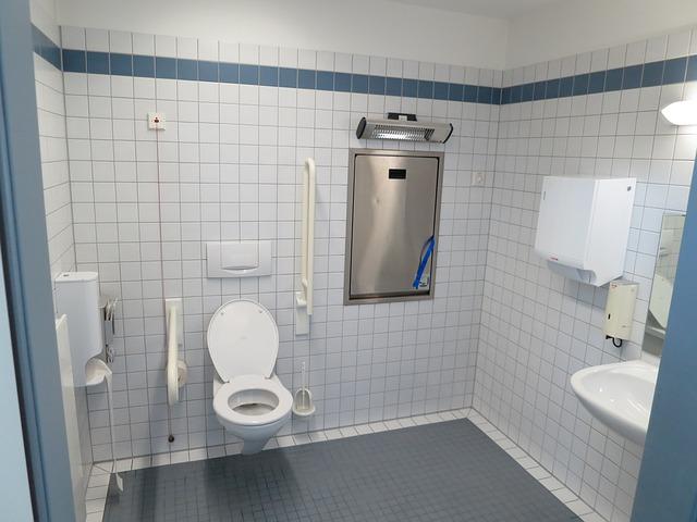 Disabili: gli ausili per il bagno più richiesti