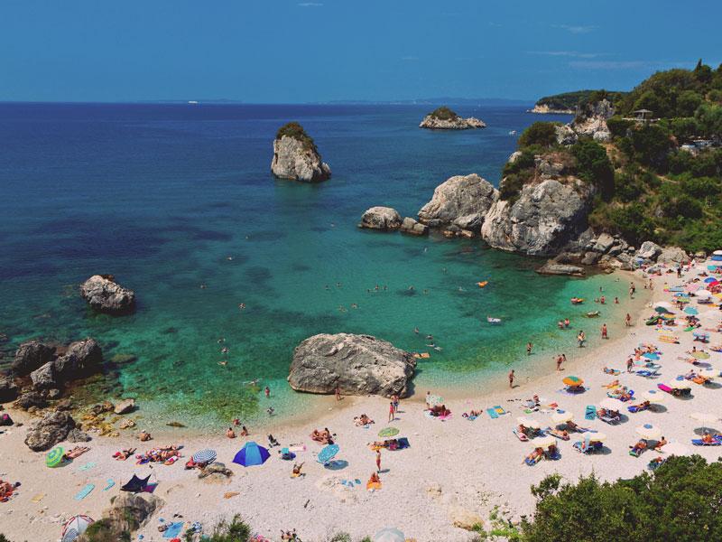 Traghetti Brindisi Igoumenitsa: compagnie, orari, prezzi e offerte