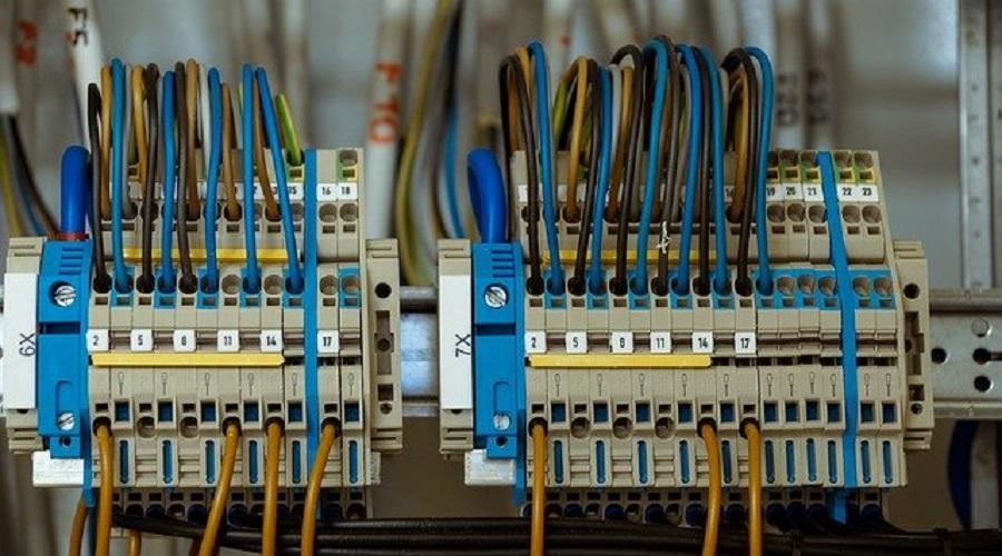 Enel: rimozione cavi elettrici dalla propria casa