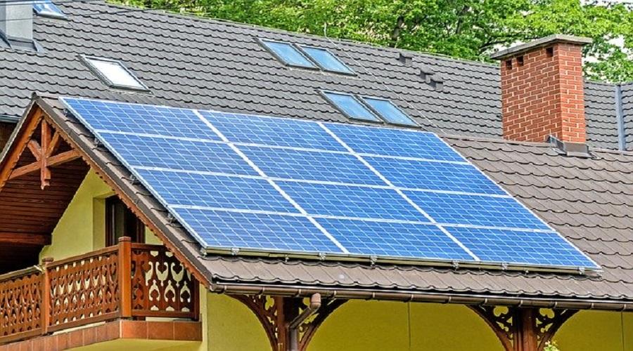 Produrre energia solare di notte grazie pannelli antisolari
