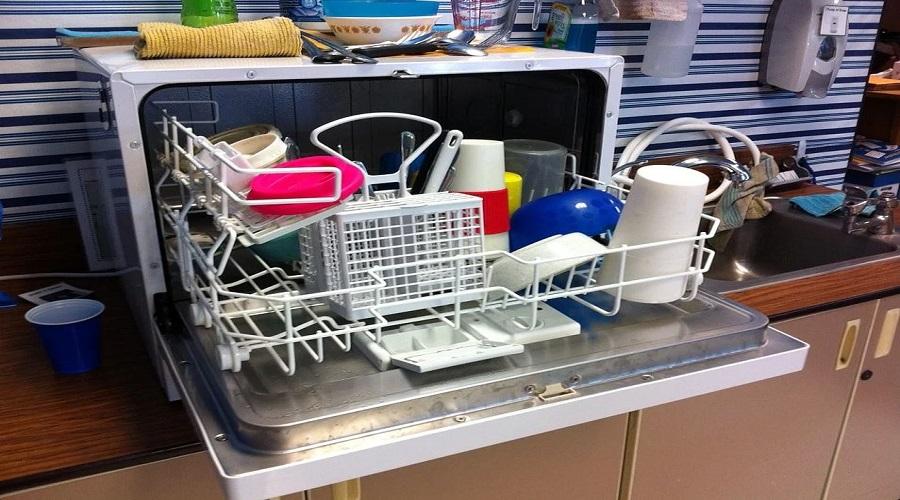 Esiste un modo corretto per caricare la lavastoviglie: ecco quale