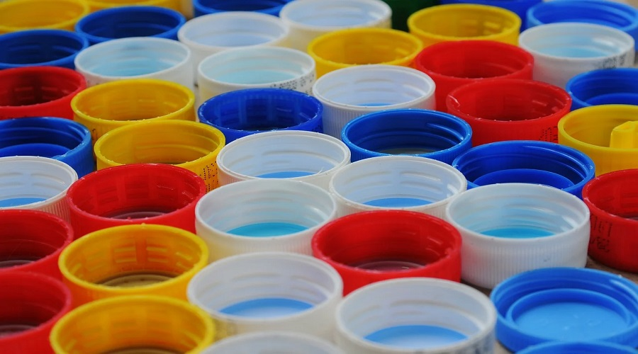 Come riciclare i tappi di plastica: tante idee fai da te
