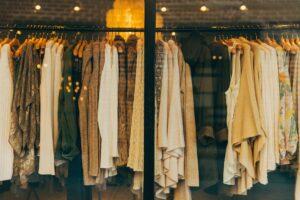 Come vestirsi per una festa o una cerimonia